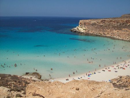1 Beach oh Rabbit's Island in Lampedusa (Italy)1 Spiaggia dell'Isola d