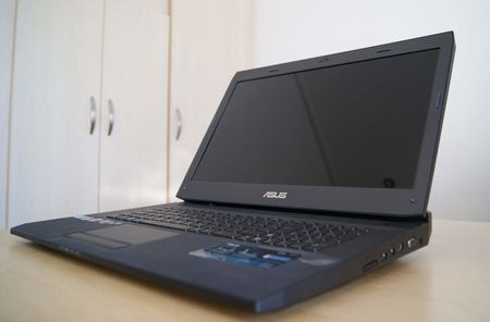 Asus G73J Gaming Laptop