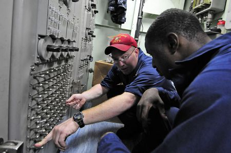 1 GULF OF ADEN (April 29, 2011) Interior Communications Electrician 2n