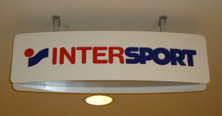 Sign of en:Intersport | Intersport Skylt för sv:Intersport | Intersp