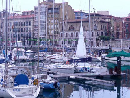 Barcos en el Puerto de Gijón