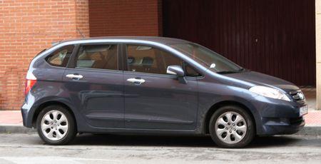001389 - Honda FR-V