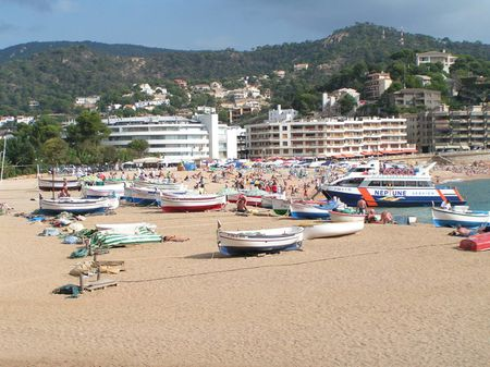 1 Sand beach of Tossa de Mar (Costa Brava) | Source | Author Corradox