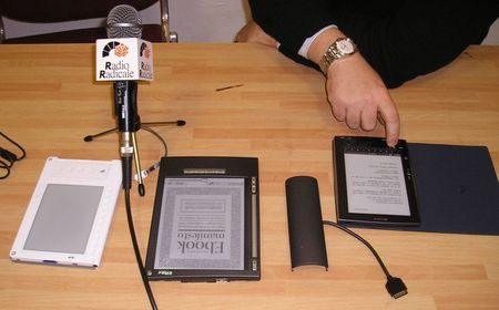 ebook reader in mostra