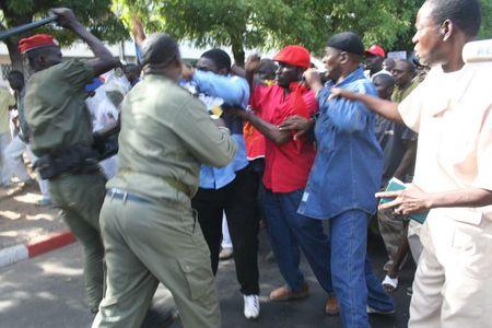 1 Arrestation Mademba Sock 1 Arrestation Mademba Sock | Source | Autho