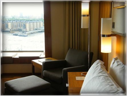 The extremely modern Four Seasons Hotel London @ Canary Wharf - Englan