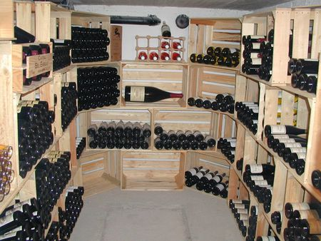 comment choisir une cave vins le blog de recettes faciles vins. Black Bedroom Furniture Sets. Home Design Ideas