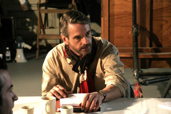 Jeremy Irons. Mars Distribution