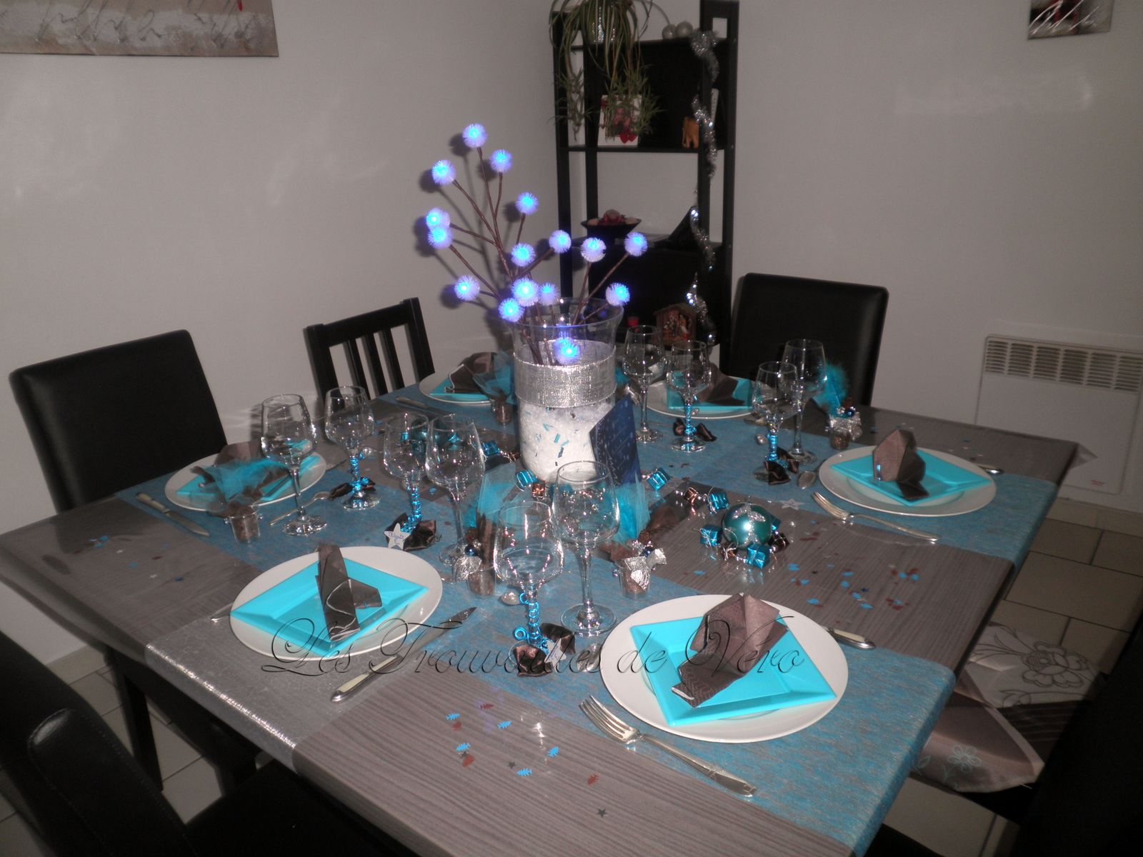 D co table de f te marron et bleu le blog de les - Deco tables de noel ...