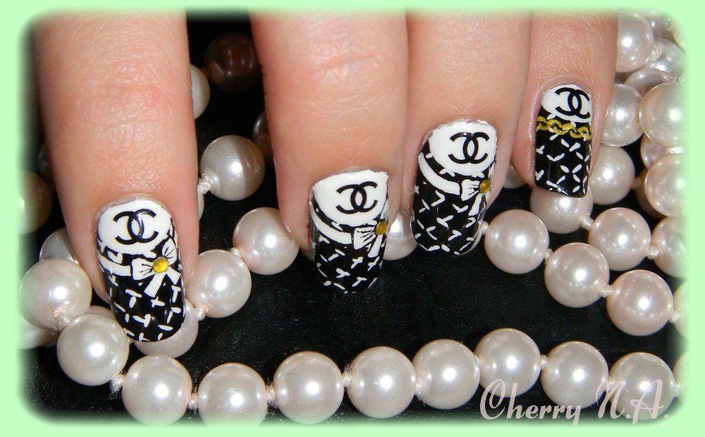 deco nail art chanel