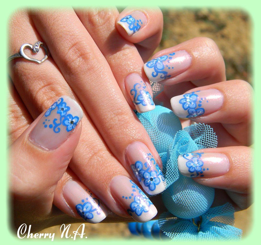 deco ongles bleu