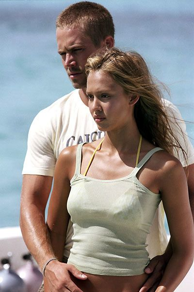 Jessica Alba et Paul Walker. Metro Goldwyn Mayer (MGM)