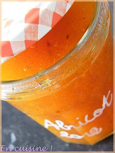 confiture-abricots-vanille.JPG