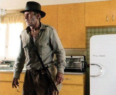 VIDEO-Indiana-Jones-aurait-pu-survivre-a-une-explosion-nucl.jpg
