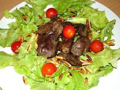 Salade de Foies de Volailles au Vinaigre de Framboises