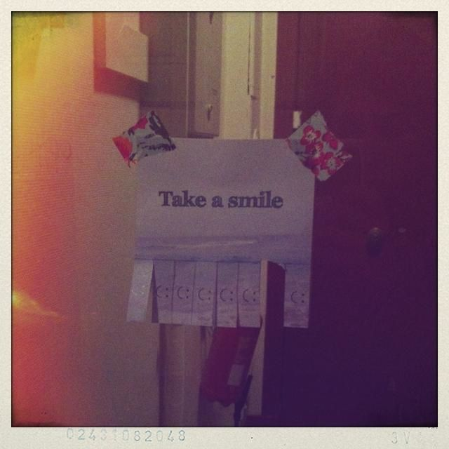 take a smile-copie-1