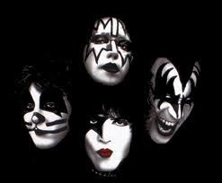kiss rock and roll all night le metal de buck sanford. Black Bedroom Furniture Sets. Home Design Ideas
