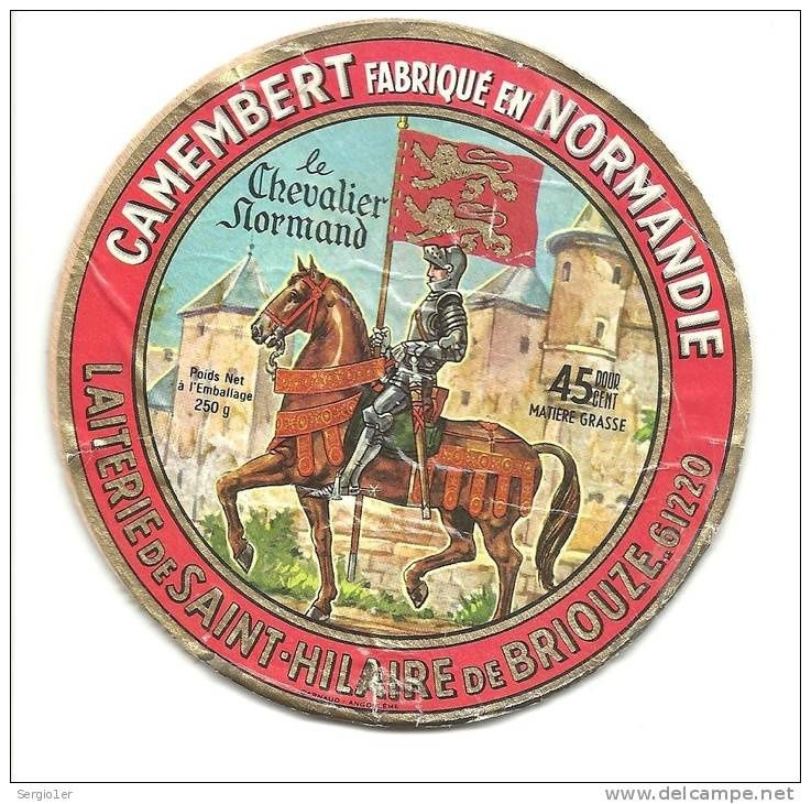 Les fameuses boîtes de Camembert. Populaires et qui véhiculent avec puissance certaines images de la Normandie...   dont celle des léopards.