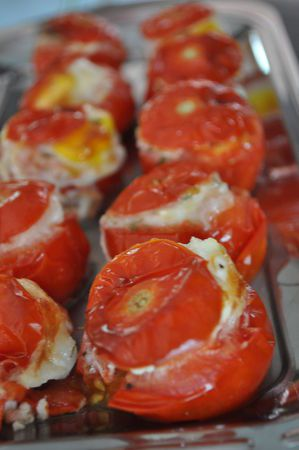tomate-farcis-aux-oeuf-de-caille.jpg