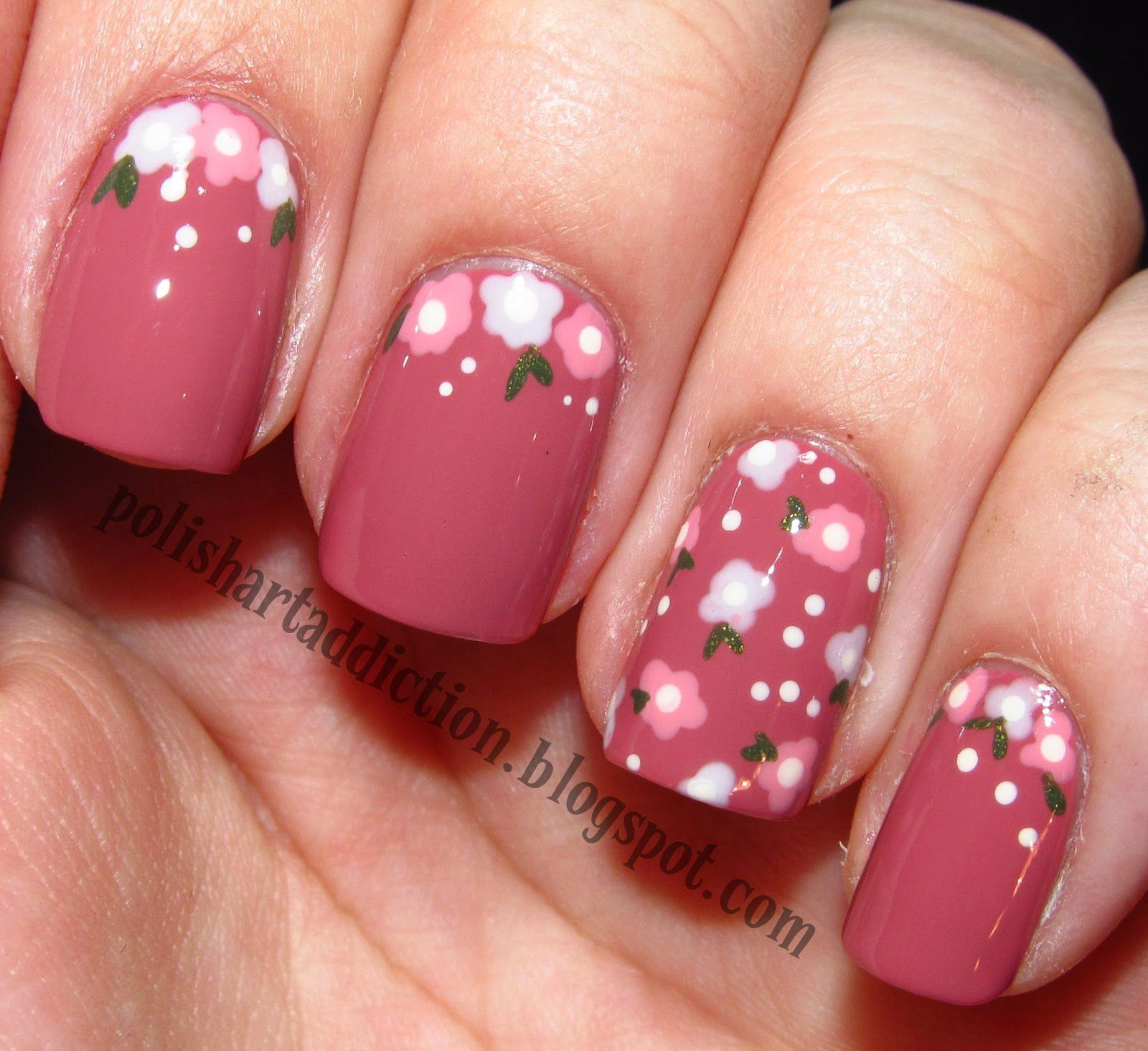 Nail Art - floreale semplice - All Tube and MakeUp