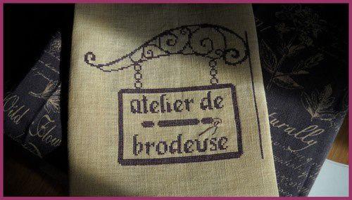 SAL-Vava-Atelier-de-brodeuse.jpg