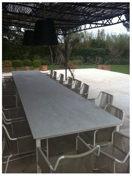 Table de reunion en b ton balian beton atelier for Table exterieur sur mesure