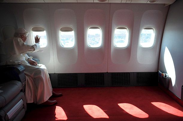 pope-airplane.jpg