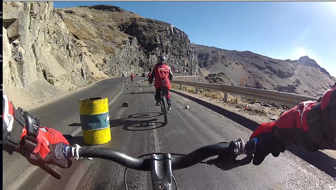 2012: BOLIVIE - La-Death-Road en VTT