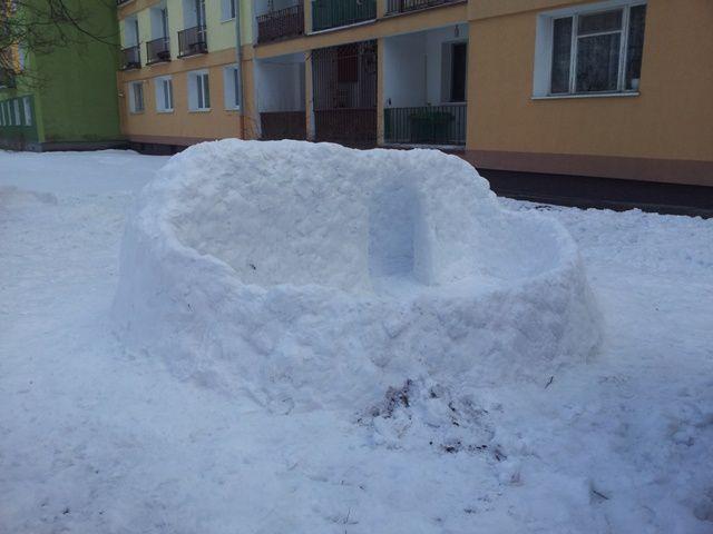 20130402 163013 Lodz construction en neige