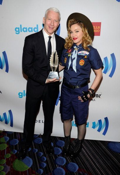 20130317-pictures-madonna-glaad-media-awards-hq-03.jpg