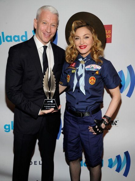 20130317-pictures-madonna-glaad-media-awards-hq-04.jpg