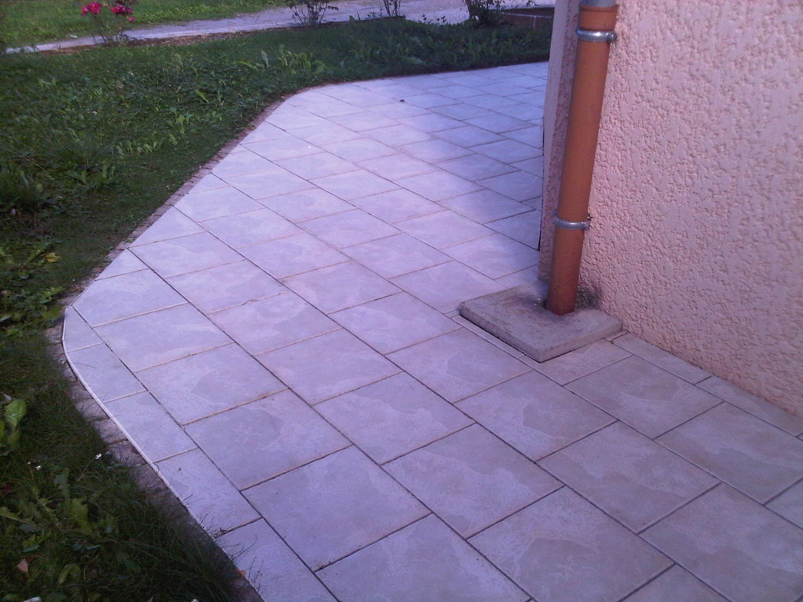 Joint dilatation carrelage terrasse for Carreler terrasse beton