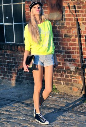 reserved-yellow-stradivarius-shirt-blouses-look-index-middl.jpg