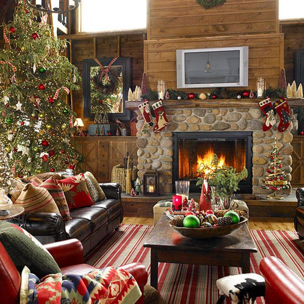 Colorfull-Christmas-living-room.jpg