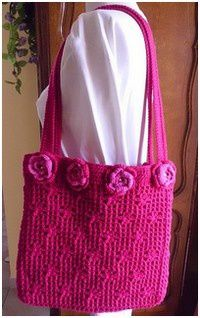 Sac rouge fleuri