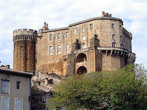 Chateau_SuzelaRousse.jpg