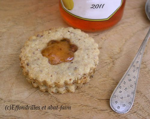 Biscuits-tres-noisette-et-coing--4-.JPG