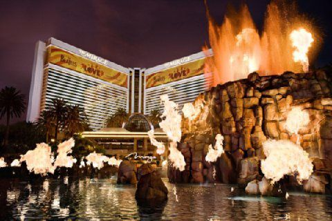 Mirage-Hotel-and-Casino-Hotel-Exterior-1[1]