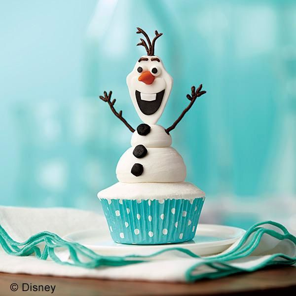 olaf-the-snowman-cupcake-trademarked-large.jpg
