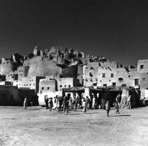 Lee Miller Desert village Egypte 1935