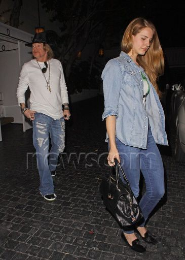 Lana and Axl Rose quittant le château Marmont (6 avril)
