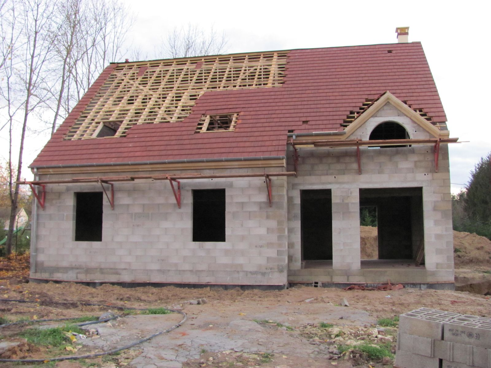 toiture suite le blog de notremaisonprimeverectvl2012. Black Bedroom Furniture Sets. Home Design Ideas
