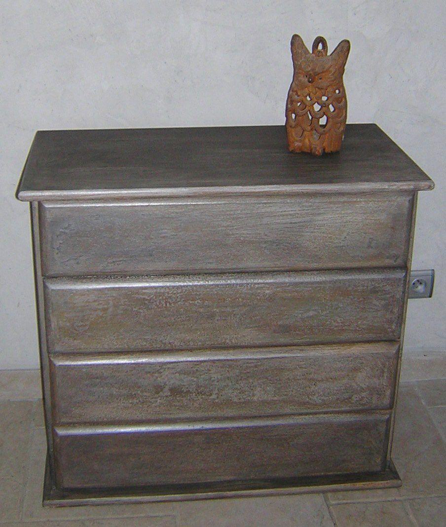 Pour chaque meuble, une nouvelle création. Le meuble devient unique et original. Aucune peinture du commerce ne peut permettre d'obtenir ces effets ultra tendances !