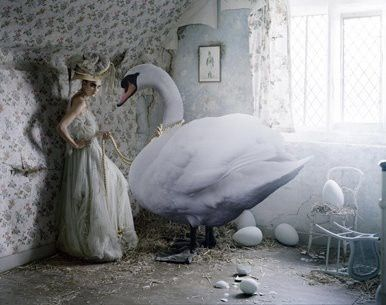 fantasy,photography,tim,walker,tone,fashion,pose-5-copie-1