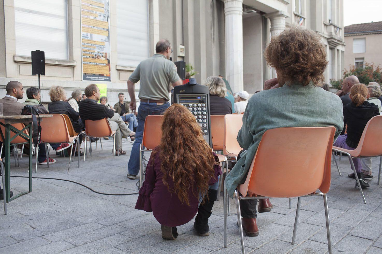 les images des 2 débats en plein air de septembre et octobre 2012. le premier sur le cent et le second sur les transports