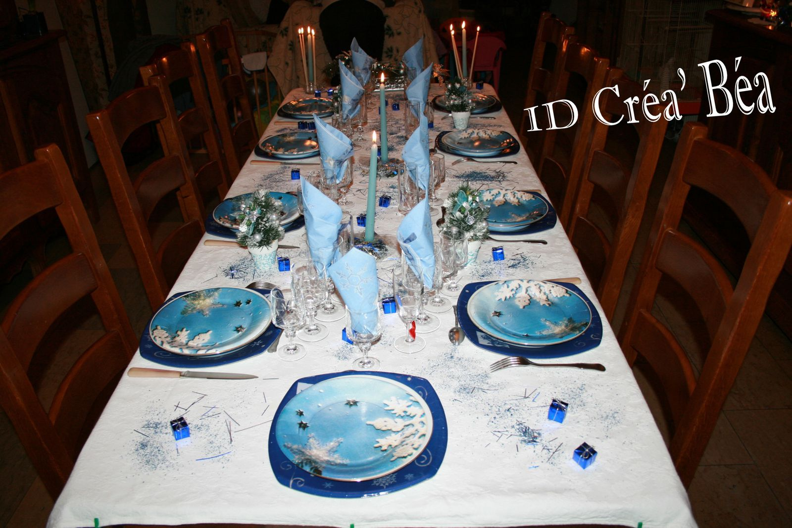 Album table no l givr e bleue id cr a 39 b a des for Deco de noel bleu et argent