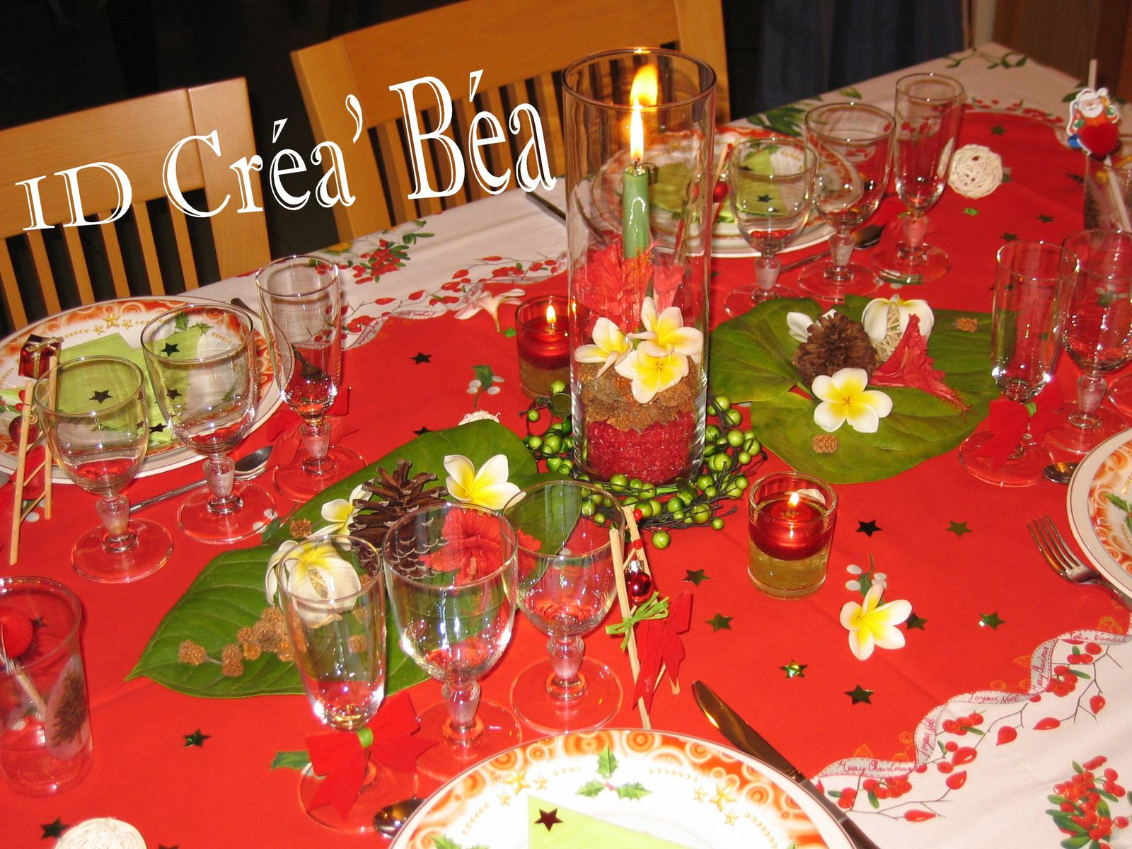 Decoration table de noel vert et rouge - Deco table noel rouge et or ...