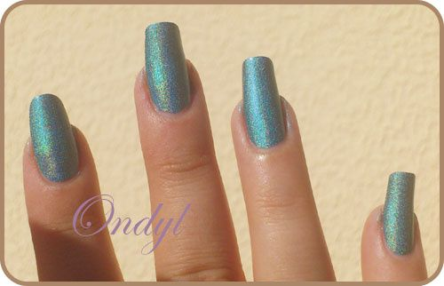 swatch-vernis-kiko-holographique-green-peacock 0367