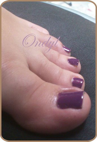 swatch-vernis-miss-helen-violet-pop 0354