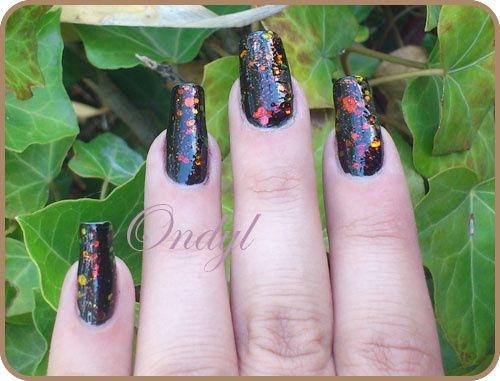 chunky-holo-black-on-nails-0363.jpg